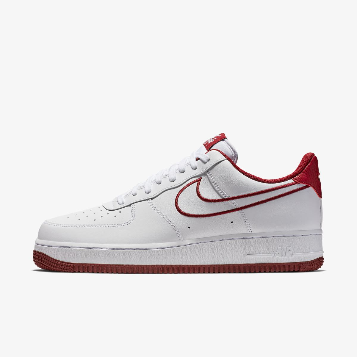 Кроссовки Nike AIR FORCE 1 07 LTHR