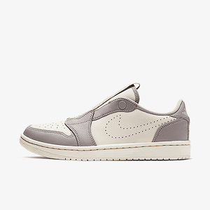 Кроссовки Jordan WMNS AIR JORDAN 1 RET LOW SLIP