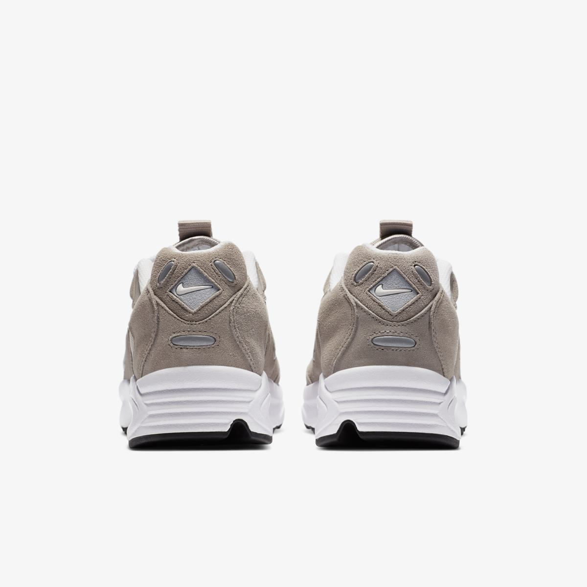 Кроссовки NIKE AIR MAX TRIAX LE